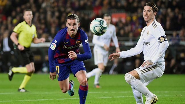 Real Madrid sukses membuat Barcelona menjadi 'tim tamu' di laga El Clasico di Stadion Camp Nou, Kamis (19/12) dini hari WIB.