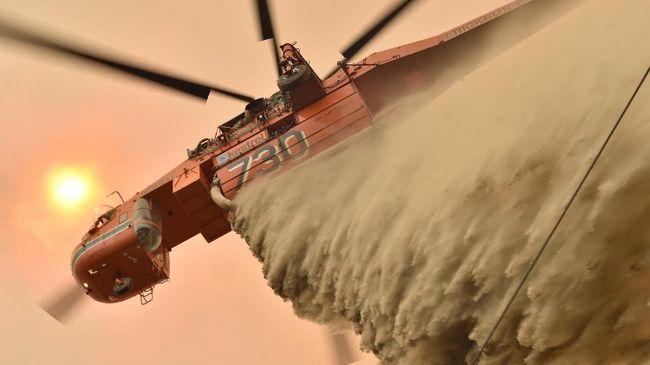 Tim pemadam kebakaran Selandia Baru berhasil menaklukkan kobaran api di South Island di tengah cuaca cerah tanpa hembusan angin kencang.
