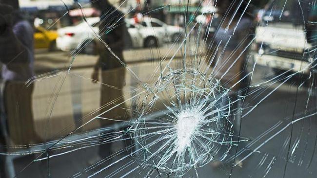 Kasus kecelakaan koboi Duren Sawit berakhir damai setelah korban mencabut laporan polisi. Tersangka dan korban juga telah bertemu pada 9 April lalu.