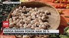 VIDEO: Jelang Nataru, Harga Bahan Pokok Naik 50%