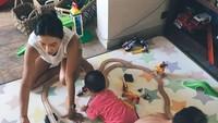 <p>Beginilah kehidupan seru mantan <em>girlband</em> Korea, Kahi, saat di rumahnya di Bali bersama kedua anaknya. (Foto: Instagram @kahi_korea)</p>