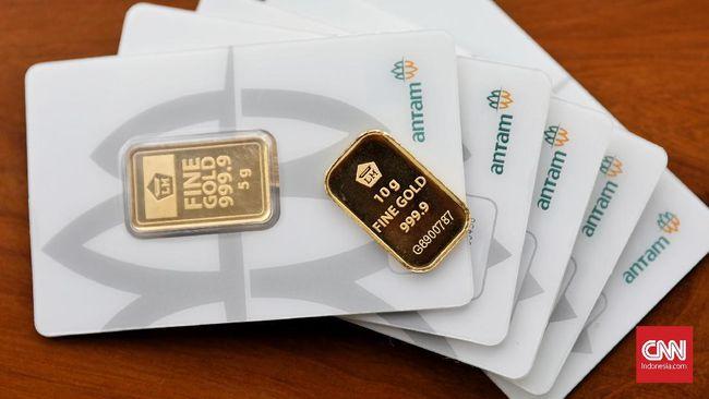 Harga jual emas Antam turun Rp4.000 ke Rp934 ribu per gram pada perdagangan Kamis (25/2).