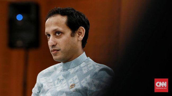 Mendikbud Nadiem Makarim meluncurkan kebijakan Kampus Merdeka yang bisa membuat mahasiswa tak melulu belajar di kelas, misalnya berwirausaha.