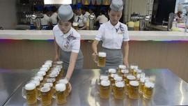 Kongko di Bar, Tradisi Elit Kaum 'Donju' di Korea Utara