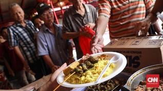 FOTO : Podjok Halal Vihara Petak Sembilan bagi Kaum Tak Mampu