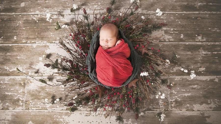 20 Inspirasi Nama Bayi Laki-laki Bertema Natal