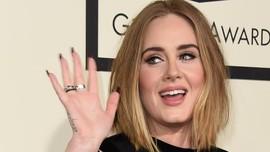 Adele Akui Album Baru Belum Rampung
