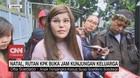 VIDEO: Natal, Dita Soedarjo Kunjungi Ayah di Rutan KPK