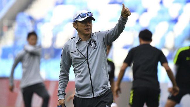 Shin Tae Yong menjadi pelatih asing asal Asia kedua di Timnas Indonesia setelah Choo Seng Quee pada tahun 1950-an.