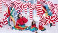 <p>Seru banget nih momen Natal keluarga Ruben Onsu dan Sarwendah.