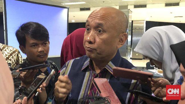 Menkop dan UKM Teten Masduki menyebut bantuan presiden sebesar Rp2,4 juta bagi pelaku UMKM sudah tersalur 50 persen lebih dan akan diselesaikan September.