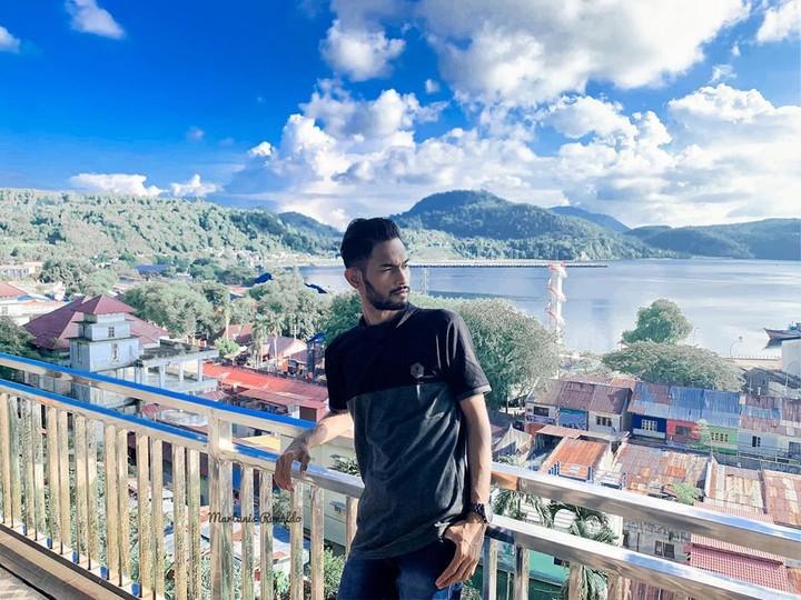 <p>Nama Martunis mendunia, setelah dia jadi salah satu korban selamat tsunami Aceh pada 26 Desember 2004 silam. (Foto: Instagram @martunis_ronaldo)</p>