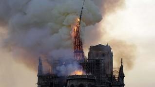 Kebakaran Notre-Dame Sisakan Racun dan Ruwetnya Pipa