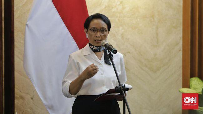 Pemerintah Indonesia menutup pintu WNA ke Tanah Air untuk mengantisipasi penyebaran virus corona baru.