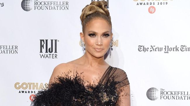 Film Terbaru Jennifer Lopez, Shotgun Wedding Tayang Juni 2022