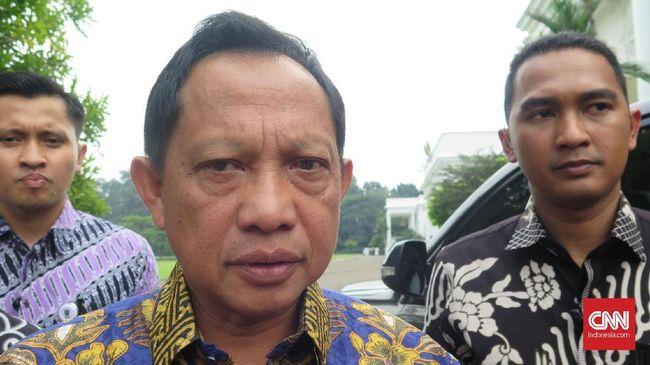 Menteri Dalam Negeri Tito Karnavian di Kompleks Istana Kepresidenan Bogor, Jawa Barat, Jumat (27/12).