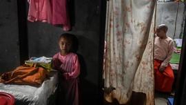 FOTO: Mimpi Biarawati Belia di Myanmar Terbebas dari Konflik