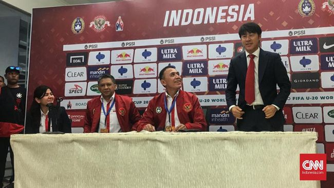 Pelatih anyar Timnas Indonesia, Shin Tae Yong bakal memulai kerja sama dengan Indra Sjafri pada Kamis (9/1).