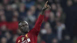 Cemburu pada Van Dijk, Mane Diklaim Mau Tinggalkan Liverpool