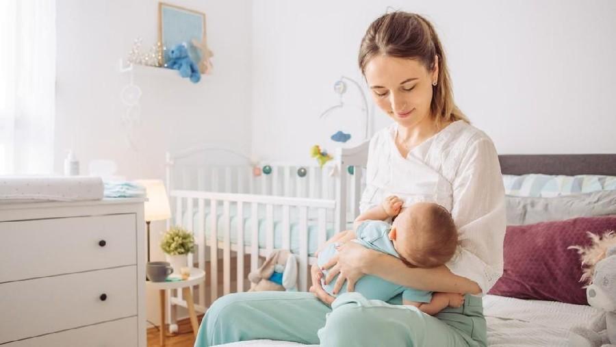 5 Tips Menyusui Nyaman dan Rileks untuk Ibu Baru