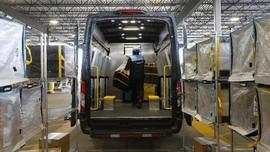 Amazon Beri Bonus Rp7,1 Triliun ke Sopir dan Kurir dkk