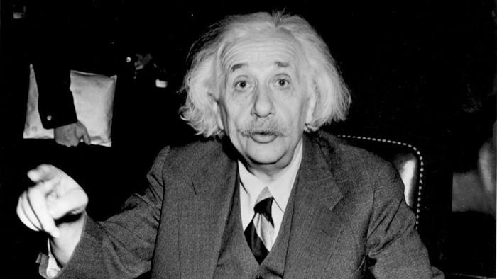 Rahasia Otak Cerdas Albert Einstein, Ternyata Bisa Kamu Lakukan Juga
