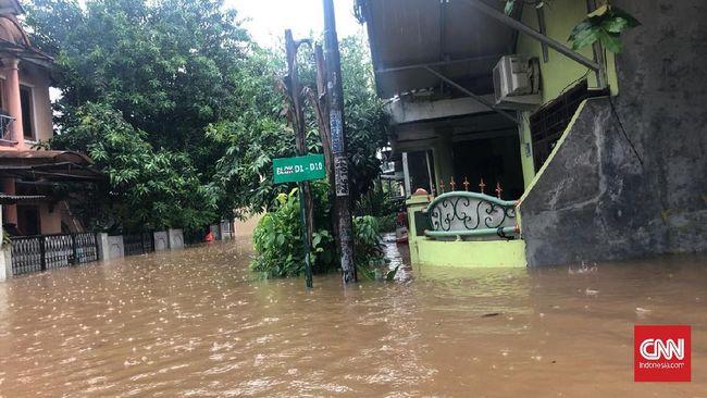 Kabid Humas Polda Jawa Barat menyebutkan tujuh orang tewas, empat hilang, dan 15 korban luka-luka akibat banjir dan longsor di dua hari awal 2020.
