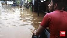 Anies Minta Warga Bantaran Ciliwung Bersiap Hadapi Banjir
