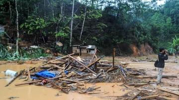 Tiga Warga Tewas dalam Banjir Bandang Lebak Banten