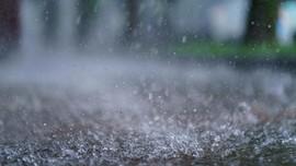 BMKG Prediksi Hujan Lebat saat Malam Takbiran Sejumlah Daerah
