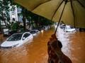 Mengatasi Mesin Mobil yang Terendam Banjir