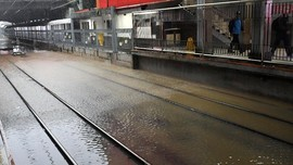 Banjir, Seluruh KA Surabaya-Jakarta Batal Lagi Hari Ini