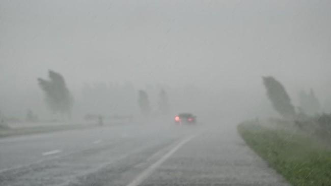 Waspada Hujan Lebat Potensi Banjir di Sejumlah Provinsi