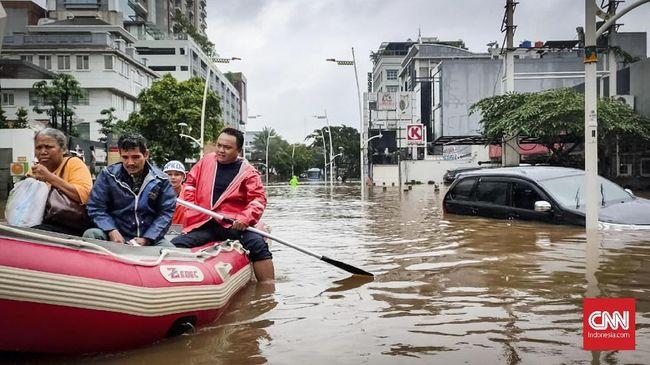 Akhir pekan dikepung banjir, netizen sibuk ramaikan tagar #WajahBaruJakarta di media sosial.