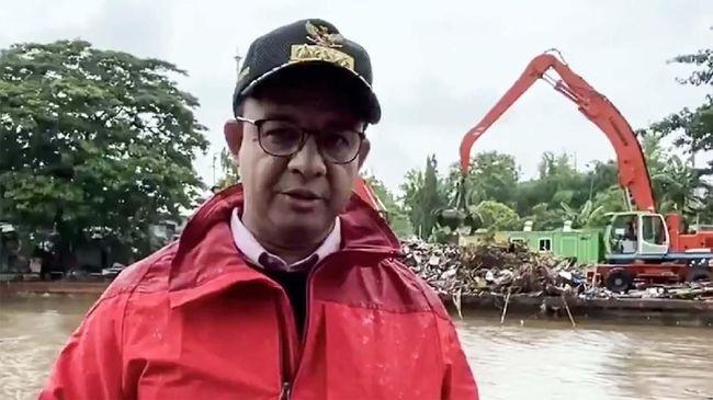 DPRD DKI Jakarta menyebut sulit menerapkan protokol kesehatan di kamp pengungsi banjir, sehingga harus ada antisipasi dari Pemprov DKI mencegah banjir.