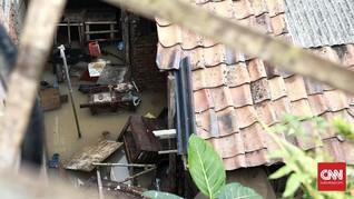 Jelang Malam Hari, Banjir Rendam 30 RT di Jakarta