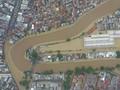 Jalan Tengah BNPB soal 'Debat' Normalisasi vs Naturalisasi