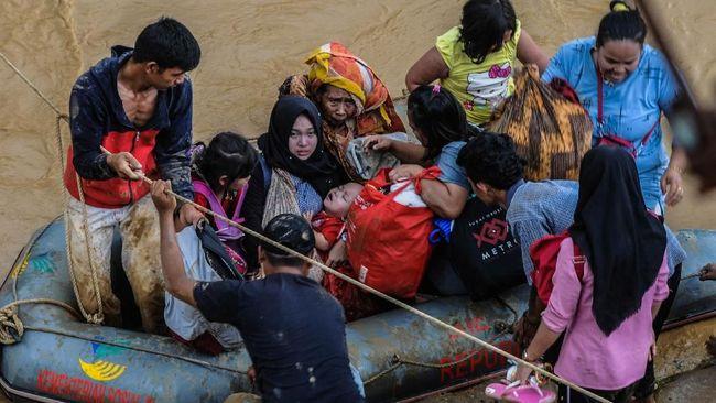 Mitos banjir 5 tahunan yang kerap sambangi Jakarta masih sering terdengar, namun benarkah mitos tersebut?