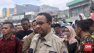 Anies Bantah Jokowi Soal Sampah Jadi Penyebab Banjir Jakarta