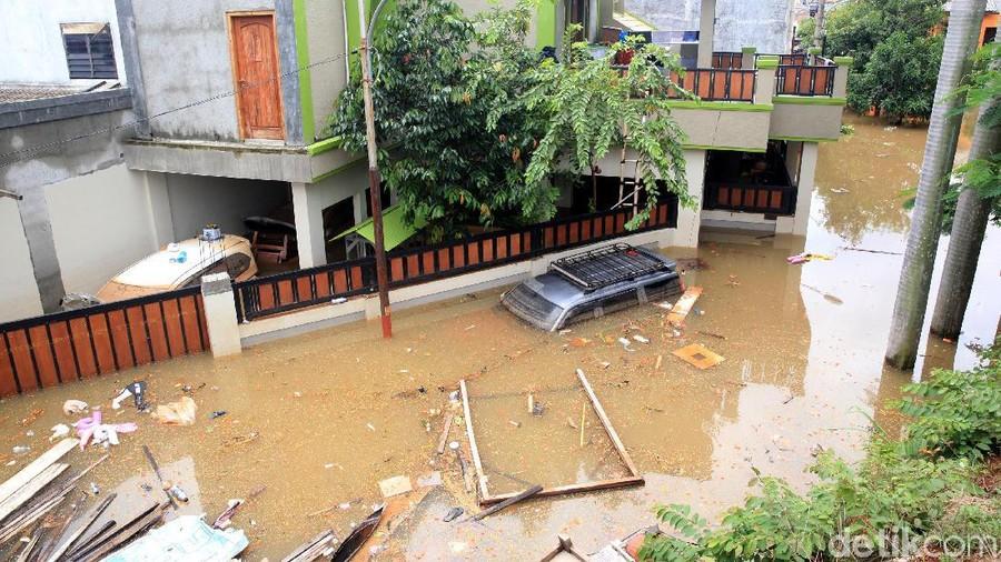 PNS yang Rumahnya Banjir Boleh Cuti hingga Satu Bulan