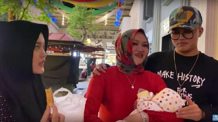 Simak berita terpopuler HaiBunda hari ini, mulai dari penjelasan rumah sakit terkait kematian Lina hingga foto menggemaskan anak Ahok-Puput.