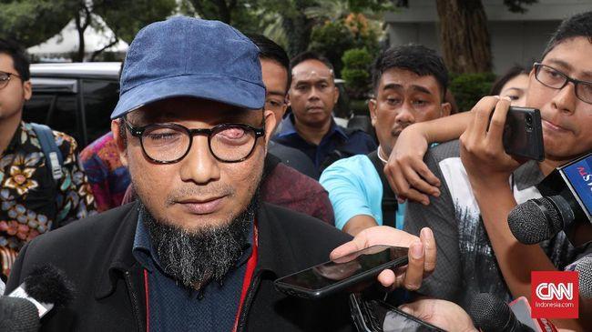 Pemeriksaan kasus penyiraman air keras yang menimpa penyidik KPK Novel Baswedan di Polda Metro Jaya, Senin (6/1).