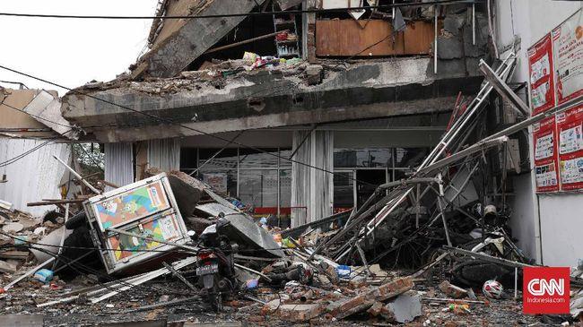 Dinas CitCipta Karya Pemprov DKI menduga konstruksi bangunan yang roboh di Slipi rapuh dan keropos, pihaknya mempersilakan polisi mengusut jika memakan korban.