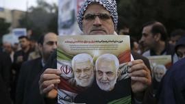 Warga Irak Peringati 1 Tahun Kematian Soleimani, Kutuk AS