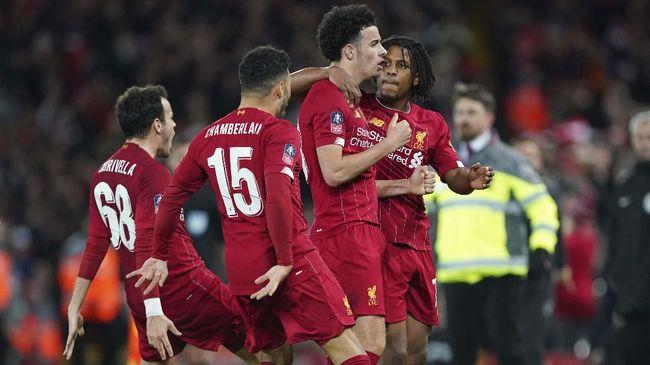 Alex Oxlade-Chamberlain menyebut Liverpool berisi pemain-pemain yang sering marah dan kecewa saat tim bermain tidak bagus.