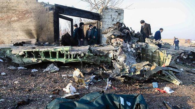 Pemimpin Tertinggi Iran Ayatollah Ali Khamenei menganggap penembakan pesawat Ukraina oleh rudal pasukan Garda Revolusi Islam (IRGC), merupakan tragedi pahit.