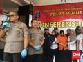 Polisi Limpahkan 3 Tersangka Pembunuhan Hakim Medan ke Jaksa