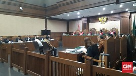 Sidang Garuda, Emirsyah Mendebat Saksi Soal Selisih Harga