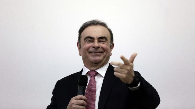 Nissan's former chairman Carlos Ghosn at a press conference in Beirut, Lebanon, Wednesday, Jan. 8, 2020. (AP Photo/Maya Alleruzzo)