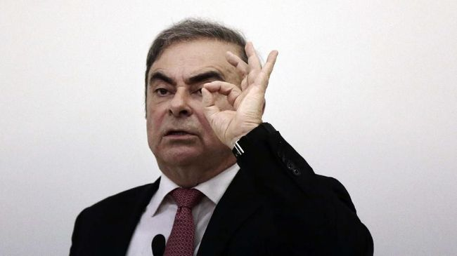 Dalam sesi wawancara dengan media Carlos Ghosn menyebut hasil kerja Nissan dan Renault 'menyedihkan'.